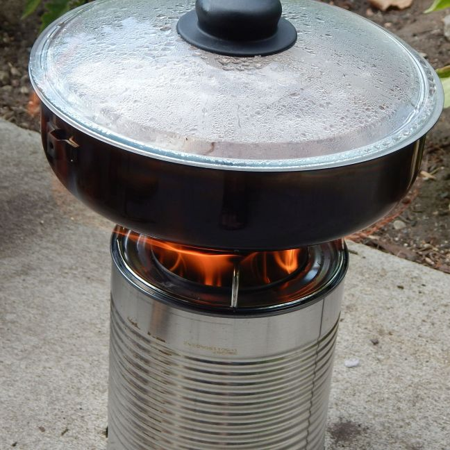 Woodgas stove 2015-08-23 03 pilaf covered